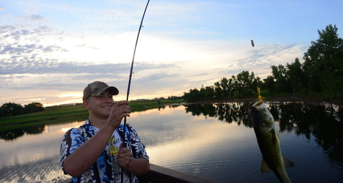 South Dakota Fishing Licenses